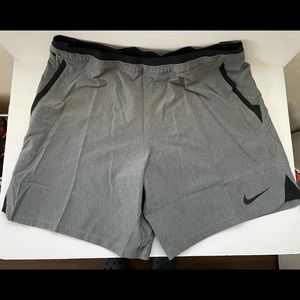 Nike Men's Pro Flex Repel Slim Fit Training Shorts